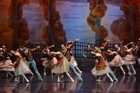 Moscow City Ballet - Jezioro Łabędzie. Widowisko w Teatrze Muzycznym